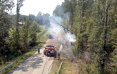 Downed power lines start Warren brush fire