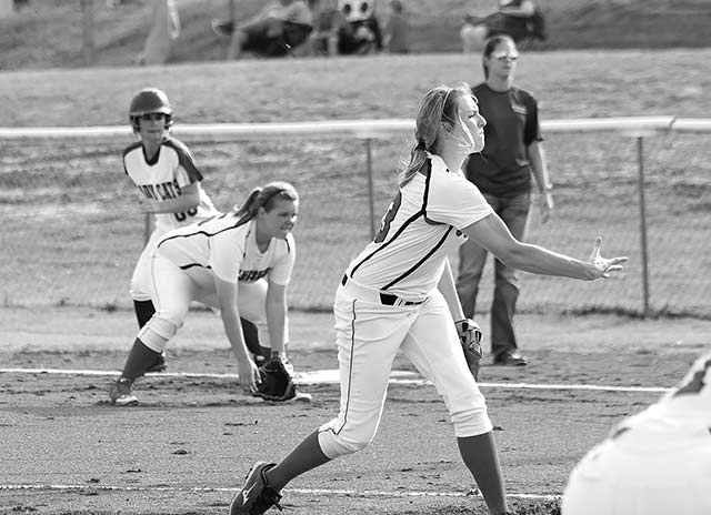 Kara Standley fires a pitch in for a strike in the Lady Dogs 8-0 victory over Brookeland on Friday night.