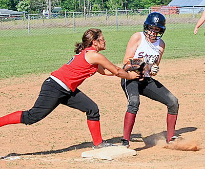 Ashley Hollier squeezes into third base. (Emily Waldrep Photo)