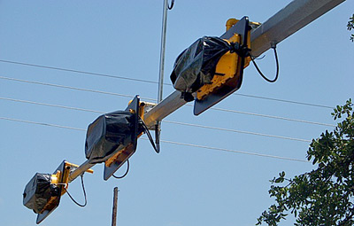 New Traffic Lights going up at Hwy 69/190 intersection