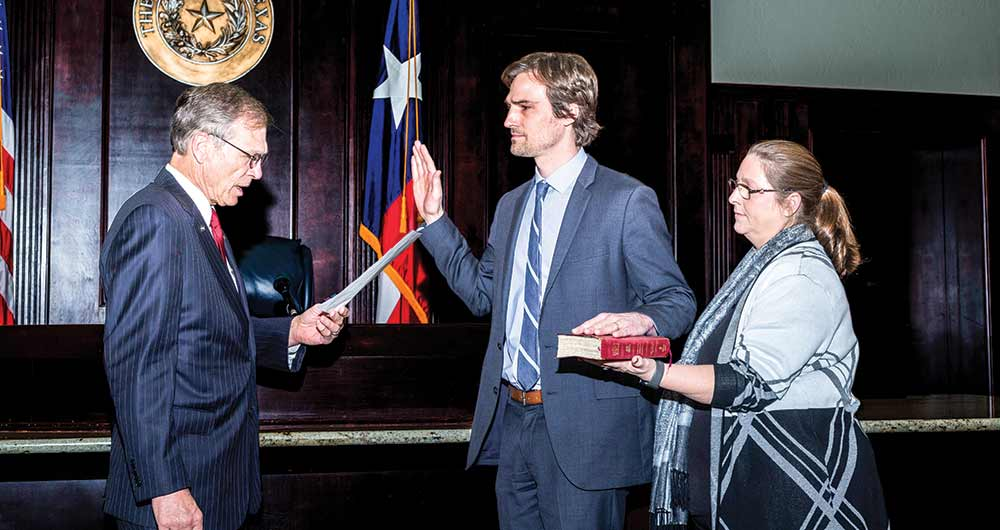 New officials, incumbents sworn-in