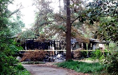Lightening strike destroys Warren house