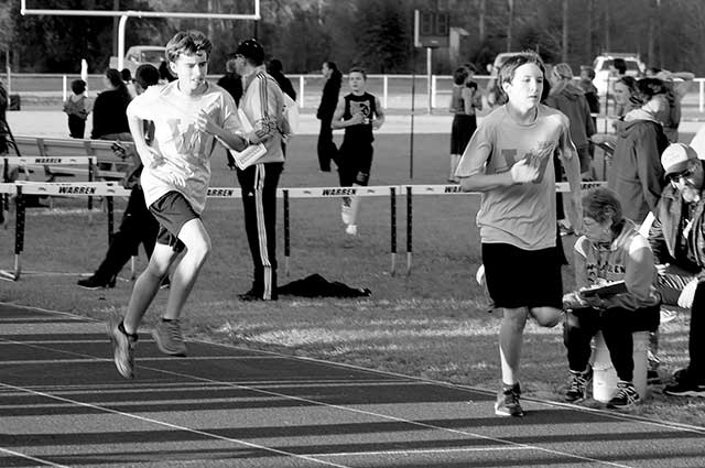 Warren Jr. High hosts track meet